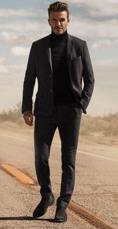 Smart Casual Men, Business Casual Men, Stylish Men, Estilo David Beckham, David Beckham Style, David Beckham Fashion, David Beckham Suit, Black Turtleneck Outfit, Mens Turtleneck