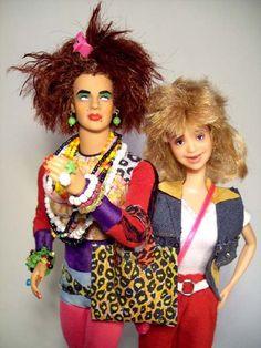 Zorra Total: Valéria e Janete agora são bonecas