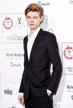 Thomas Brodie-Sangster smirk | The Mayfair Hotel | Tumblr