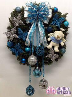 arvore de natal com decoração prata e azul - Pesquisa Google