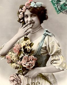 LOTS of Pretty Vintage Images for your artwork..click thru for images