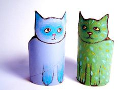 Another toilet paper project! Love these cats of toilet paper rolls :-) Toilet Roll Craft, Toilet Paper Roll Art, Rolled Paper Art, Toilet Paper Roll Crafts, Diy For Kids, Crafts For Kids, Arts And Crafts, Cardboard Tube Crafts, Cat Crafts