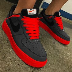 That's Sick - - Women Trends Nike Shoes Blue, Nike Shoes Air Force, Fly Shoes, Kicks Shoes, Mens Fashion Shoes, Sneakers Fashion, Sneakers Mode, Shoes Sneakers, Air Force One
