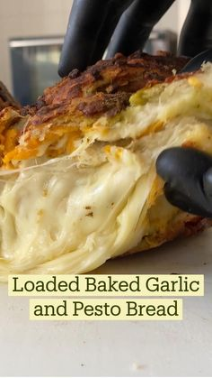 I Love Food, Good Food, Yummy Food, Tasty, Pesto Bread, Cheese Bread, Comida Diy, Ciabatta, Appetizer Recipes