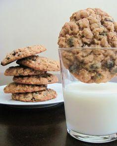 Veggie by Season: Thick, Chewy Oatmeal Raisin Cookies