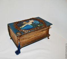 """Купить Шкатулка """"Дама с пером"""" - синий, дерево, Декупаж, деревянная шкатулка, шкатулка для украшений"""
