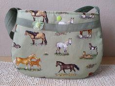 """Kindergartentaschen - Kindertasche """"Pferde"""", Kindergartentasche - ein Designerstück von Lisa-Toews bei DaWanda"""