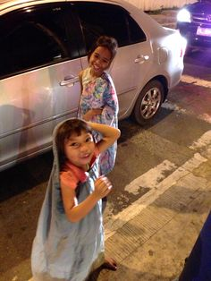 When children are roaming the streets of Manila alone at 2 am ... somethings wrong with this