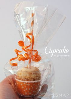 Cupcake to Go Containers How-To ~ cute and such a good idea!