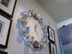 It's always tea time somewhere! 40 Ideas of How To Reuse Tea Cup Artistically Creative Walls, Creative Home, Rustic Dinner Tables, Teacup Crafts, Architecture Art Design, Classic Clocks, Wall Clock Design, Fine Porcelain, Fairy Lights