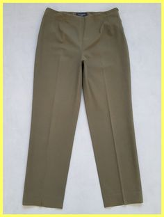 Piazza Sempione Khaki Army Green Stretch Cotton Trousers 46 Straight-leg Pants Size 10 (M, 31). Free shipping and guaranteed authenticity on Piazza Sempione Khaki Army Green Stretch Cotton Trousers 46 Straight-leg Pants Size 10 (M, 31)Great Pre-owned Condition Piazza Sempione khaki ar...