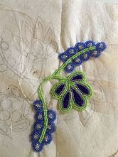 Floral Ojibway beadwork process by Wanesia Spry Misquadace Indian Beadwork, Native Beadwork, Native American Beadwork, Seed Bead Patterns, Beading Patterns, Embroidery Patterns, Beadwork Designs, Native American Crafts, Nativity Crafts
