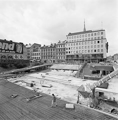 Sergels torg byggs Stockholm Sweden, Vintage Photographs, Cities, Building, Photography, Travel, Historia, Sweden, Pictures