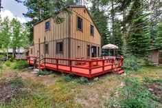Wonderfully Cozy 3BR Tahoma House w/Wifi, Gas Grill & Private Deck - Walk to Chambers Landing Beach! Easy Access to Meeks Bay, Ski Slopes, Restaurants & More! #travel #california
