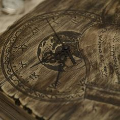 Cutie pentru ceasuri 'Time'- handmade with love by Gemini Atelier Compass Tattoo, Gemini, Atelier, Twins, Gemini Sign, Twin