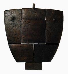 Costantino Nivola, italian sculptor (Orani, Sardinia,1911 – Long Island, New York, 1988) | Figura femminile (Madre), 1985, wood
