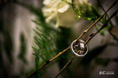 Wedding Bands - Engagement Rings - Wedding Photography Alex Grigore Nature #weddings #weddingphotography Band Engagement Ring, Wedding Engagement, Wedding Bands, Wedding Photography, Weddings, Nature, Naturaleza, Wedding, Wedding Photos