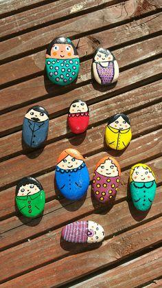Pebble Painting, Pebble Art, Stone Painting, Rock Painting Ideas Easy, Rock Painting Designs, Stone Crafts, Rock Crafts, Pierre Decorative, Art Pierre