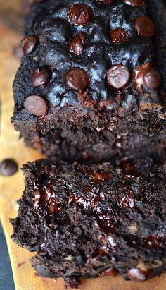 Yammie's Noshery: Secretly Healthy Chocolate Banana Bread