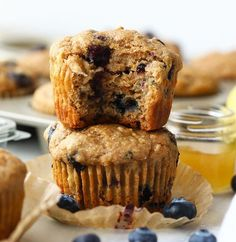 These healthy blueberry muffins are made with 100% whole grains and naturally sweetened with bananas and honey. At only 161 calories per muffin, you're going to love this healthy snack. Healthy Blueberry Muffins, Healthy Muffin Recipes, Blue Berry Muffins, Dog Treat Recipes, Healthy Dessert Recipes, Healthy Snacks, Healthy Baking, Bread Recipes, Chicken Recipes