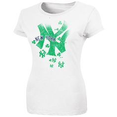 New York Yankees Women s For the Love of Shamrocks St. Patrick s Day T-Shirt 87d8a0f135b