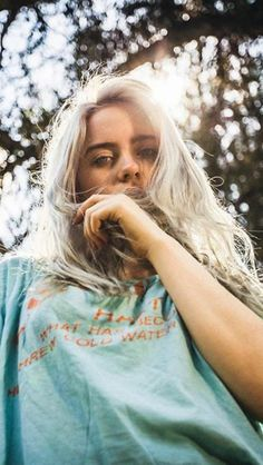 Celebs How much is Billie Eilish Worth ?