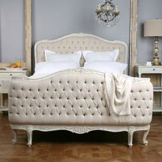 Sophia Upholstered Tufted Bed #laylagrayce