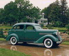 1936 REO Flying Cloud - (REO Motor Car Company, Lansing, Michigan 1905-1936)