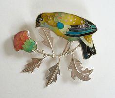 Cloisonne Enamel Bird Brooch American Goldfinch par MichaelRomanik, $1500.00