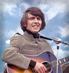 by isabelle Beatles Guitar, John Lennon Beatles, Liverpool, George Harrison, Beverly Hills, The Beatles Help, Lennon And Mccartney, Greatest Rock Bands, The Fab Four