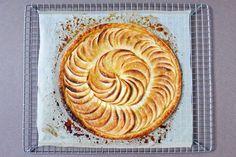 Tarte fine caramélisée aux pommes Recette sur Chocolate & Zucchini en VF