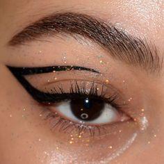 Edgy Makeup, Makeup Eye Looks, Eye Makeup Art, Pretty Makeup, Makeup Inspo, Makeup Inspiration, Beauty Makeup, Eyeliner Designs, Eye Makeup Designs
