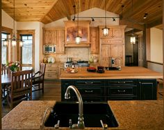 Rustic Natural Hickory And Granite Kitchen Design Ideas, Remodels & Photos