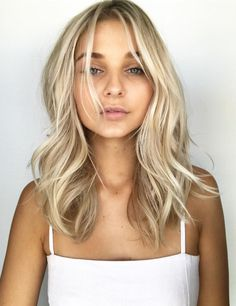 Pinterest: DeborahPraha ♥️ beachy waves hair style for brunettes and blondes