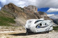 Cold Weather Camping, Winter Camping, Winter Travel, Jayco Travel Trailers, Best Trailers, Rv Tires, Camper Life, Recreational Vehicles, Extreme Weather