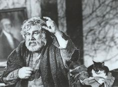 Numerous cats appear alonside Peter Ustinov as the Old Man of the sanctuary city in Logan's Run (1976).