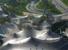 Techado de las principales instalaciones deportivas en el Parque Olímpico de Munich para los Juegos Olímpicos de Verano 1972 1968-1972 Múnich, Alemania Con Behnisch + Partner y otros.