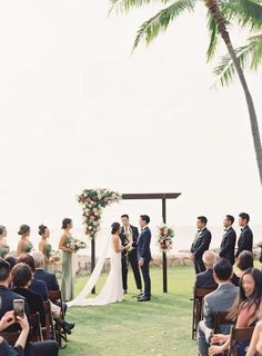 "Elegant Sage Green Hawaii Destination Wedding – Etcetera Photo 33  Bestow your eyes on this perfect oh-so-green Hawaiian wedding of one of the luckiest 2020 couples to say ""I do"" before the global shutdown.   #bridalmusings #bmloves #wedding #ido #hawaii #destinationwedding #mossgreen #globalshutdown #quarantine #precovid"