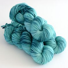 Hand Dyed Worsted Yarn Superwash Merino 218 by ToilandTrouble