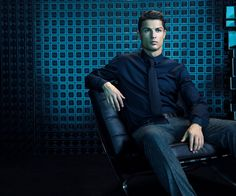 Celebrated sportsman Cristiano Ronaldo is advancing his celebrated venture into the fashion world << (M)BRAIN™ ADVANTAGE >> A great deal of strength. CR7. www.cr7shirts.com