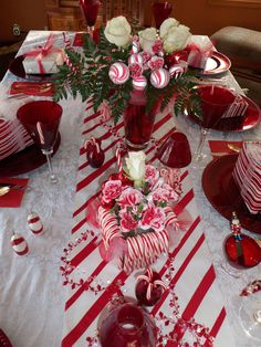 1000 Images About Lets Party Center Pieces And Edible Christmas Table  Centerpieces