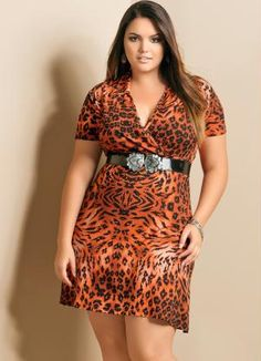 67b4d2d799 Vestido com Decote V Plus Size Animal Print - Quintess