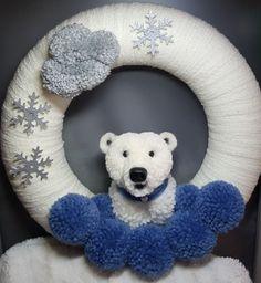 Pom pom wreath, Polarbear,  Pompomanimal