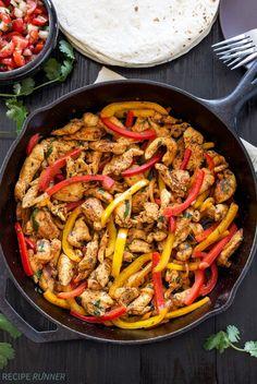 Skillet Chicken Fajitas by reciperunner #Fajitas #Chicken #Pepper #Healthy