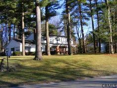 18 PINE HILL BEND Ballston Lake, NY $259,000 5-Bedrooma 2.5-Baths Colonial: 2-car garage, family room, formal dining rm, fireplace, .66 acre lot http://goo.gl/TTwya http://RENY.net #Real Estate New York