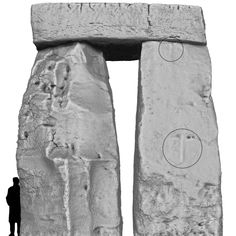 Stonehenge, Trilithon Two from outside showing the hammerstone ridges on Stone 53.