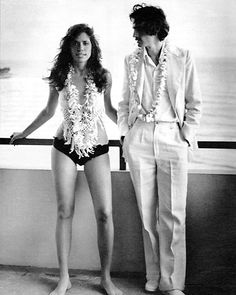 January 7, 1974 – James Taylor and Carly Simon become the proud parents of their second child, Sarah Martin. #songza