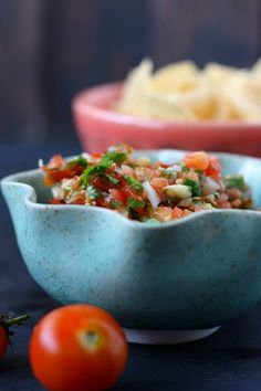 This easy cherry tomato salsa is the perfect way to use up your garden tomatoes! This is perfect over chips or tacos. Grape Tomato Recipes, Cherry Tomato Salsa, Cherry Tomatoes, Fresh Salsa Recipe, Tomato Salsa Recipe, Sodium Free Recipes, Mexican Food Recipes, Healthy Recipes, Garden Tomatoes