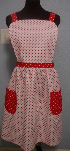 This apron was sold at Aunt Judy's Country Kitchen, Franklin, IN.  More aprons available at:  www.lindasoriginals.etsy.com