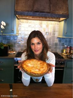 THE BEST Strawberry Rhubarb Pie (Cindy Crawford shared this SAVEUR recipe on the Oprah Show)